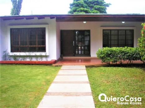 Hermosa casa en venta ideal para oficina