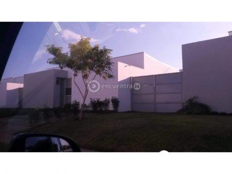 Se vende preciosa casa en Las Colinas
