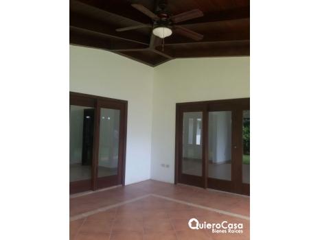 Alquiler de casa en condominio estefania cod: CJ0053