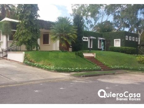 Venta y Renta Preciosa casa en Las Colinas