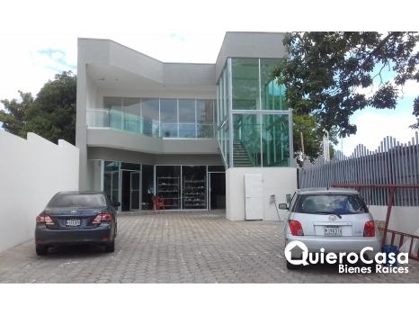 Edificio en Ciudad Jardin LF0013