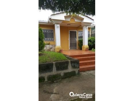 Hermosa casa en venta y alquiler Valle Santa. María