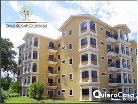Lujoso apartamento full muebles con piscina, AF0063