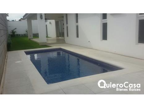 Preciosa casa en renta en Estancia Santo Domingo